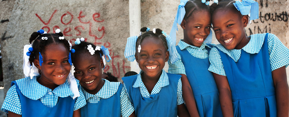 Children coming home from school in Port-au-Prince.