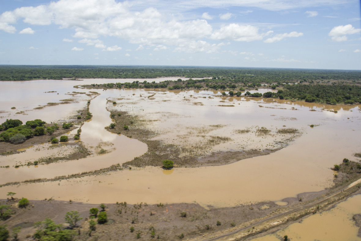 An aerial view of the flooding along the Licungo River