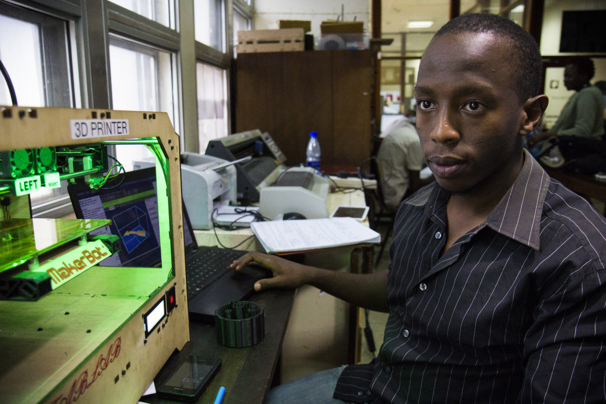 An engineering student at The University of Nairobi uses 3D printer to prototypes medical devices