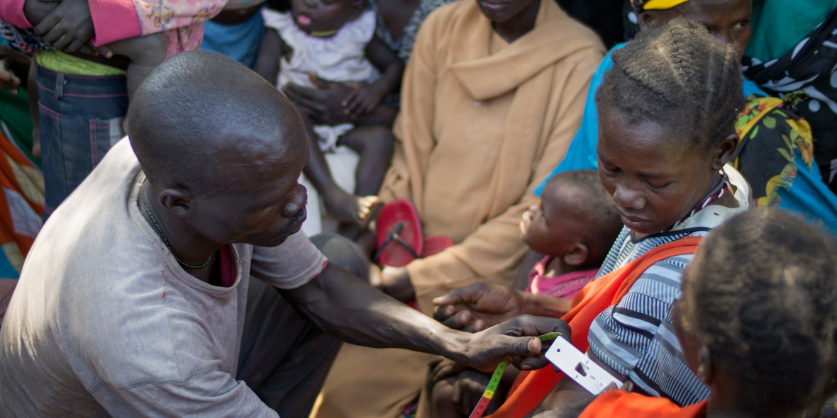 The Concern team performs a mass nutrition screening of pregnant women, lactating mothers, and children under five at Mayen Ulem, Aweil North, South Sudan.