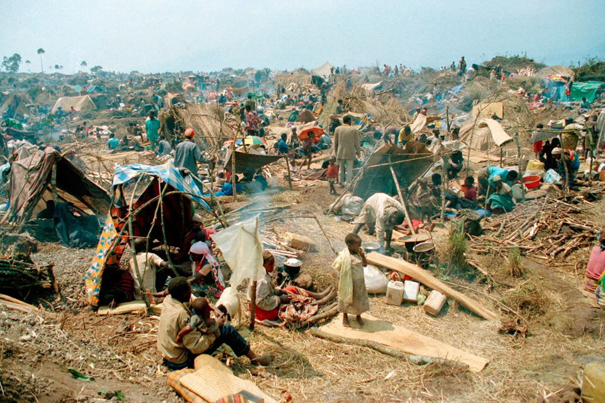Makeshift shelters in a crowded, rocky area on the outskirts of Goma, Zaire. Concern Worldwide provided emergency relief services here from 1994 for Rwandan refugees.