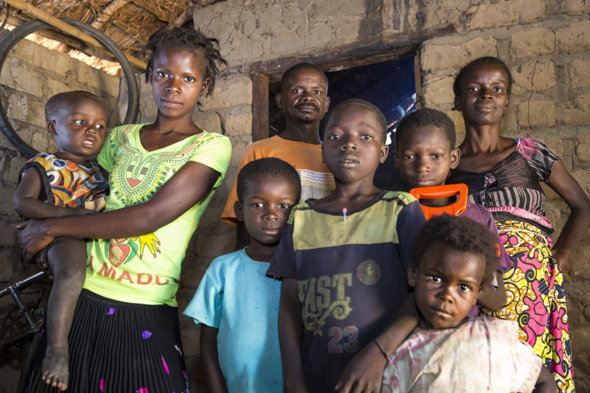 Displaced family in Manono, DRC