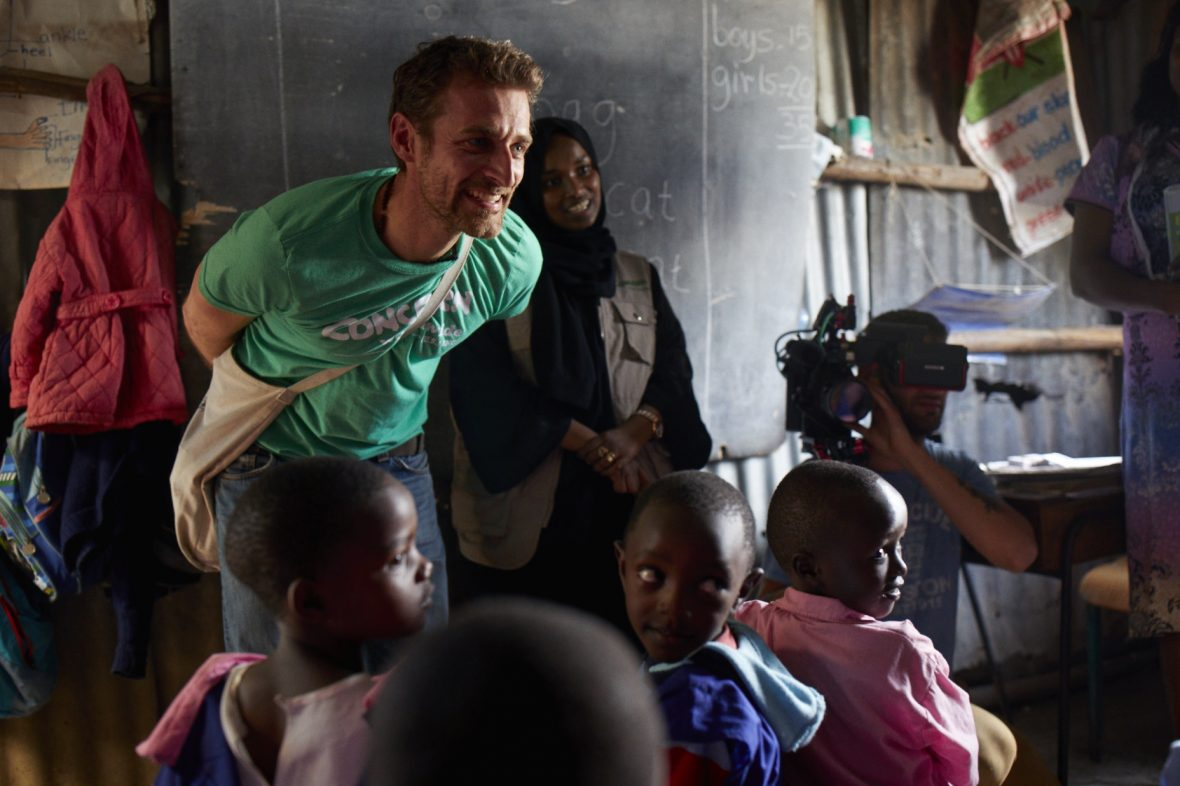 Fashion photographer Alexi Lubomirski visits Concern Worldwide programs in Nairobi, Kenya
